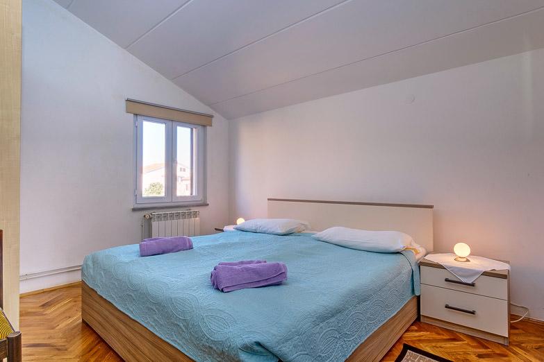 Apartment Elena 3